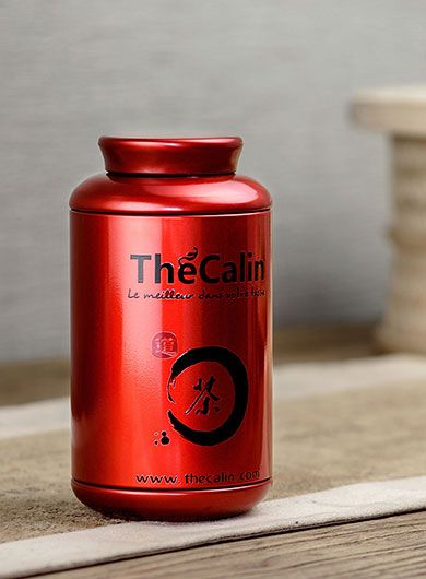 La boîte rouge à thé