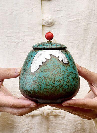 Boîte à thé en poterie argentée peinte à la main