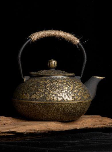 Théière fonte bronze pivoine 900 ml