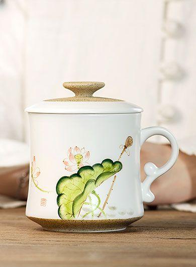 Mug à thé en porcelaine lotus peinte
